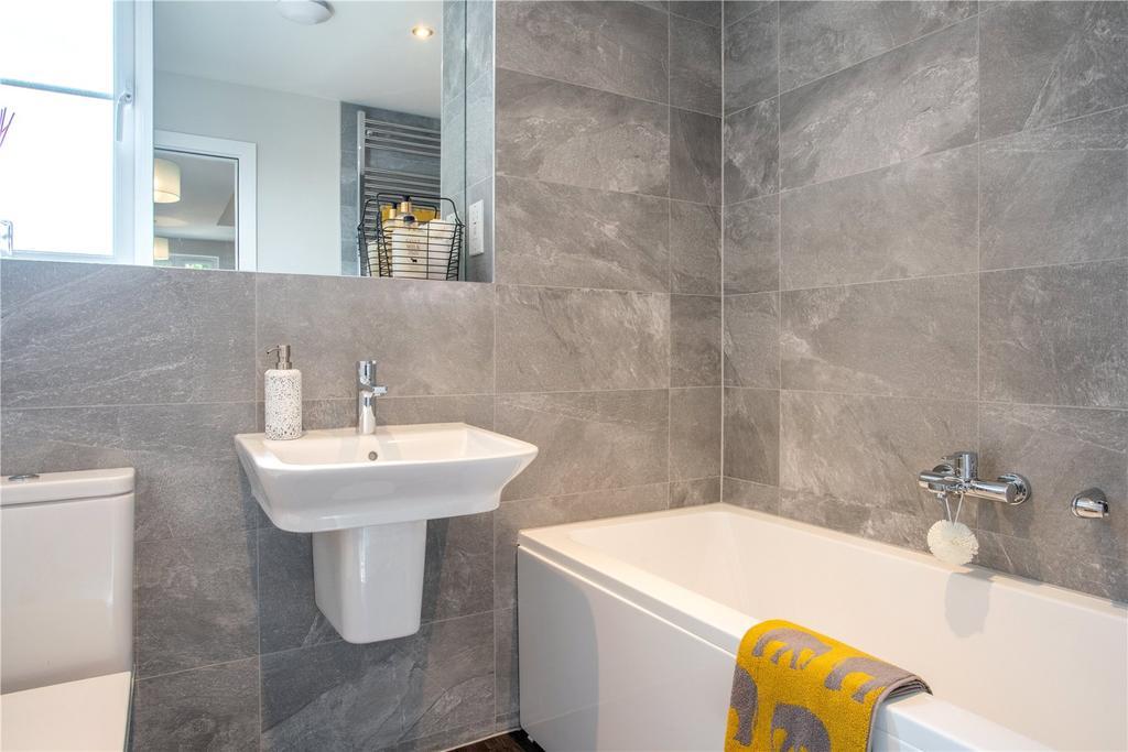 Bathroom Buckingham