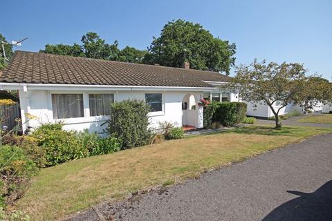 2 bedroom bungalow for sale - Alderholt