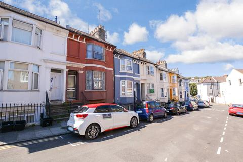 5 bedroom terraced house to rent - St. Leonards Road, East Sussex, BN2