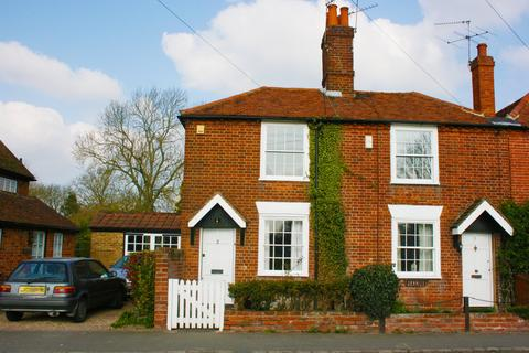 2 bedroom cottage to rent - The Green EPC-E, Ascot Road, Holyport
