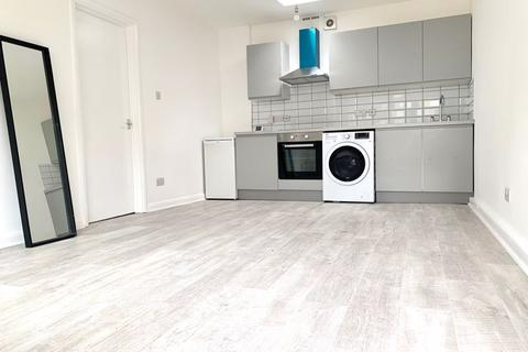 1 bedroom apartment to rent - Bury Street, Edmonton, London N9