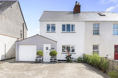 3 bedroom semi-detached house for sale - Chickerell Road, Weymouth, DT3