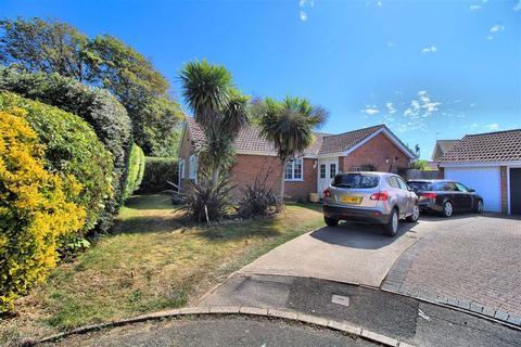 3 bedroom detached bungalow for sale - Millfield Close, Seaford, East Sussex