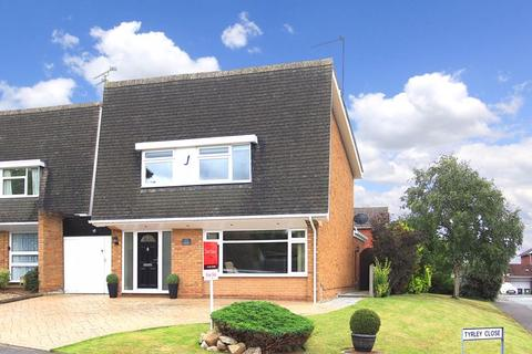 4 bedroom detached house for sale - COMPTON, Bramstead Avenue