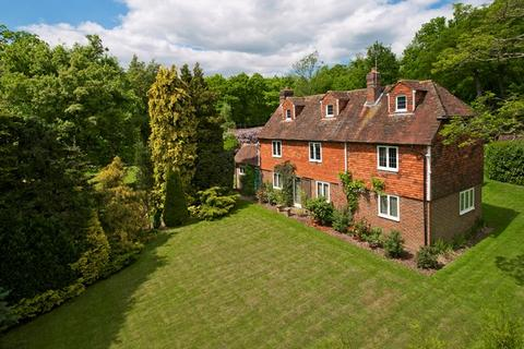6 bedroom detached house for sale - Starvecrow Hill, Shipbourne Road, Tonbridge, TN11