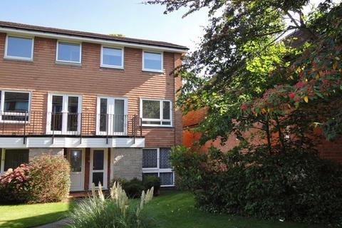 2 bedroom apartment to rent - Avon Drive, Moseley