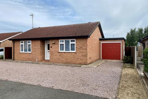 2 bedroom detached bungalow for sale - Saxon Close, Spalding, PE12