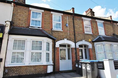 3 bedroom terraced house to rent - Lincoln Road, Enfield, EN3