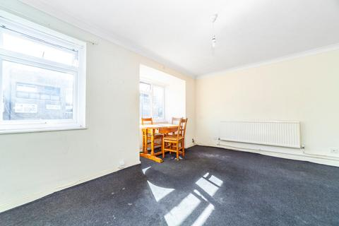 3 bedroom apartment for sale - Palace Square, London, SE19