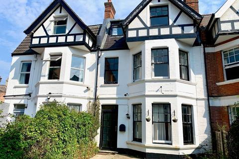 1 bedroom house share to rent - Wharncliff Road, Bournemouth, BH5