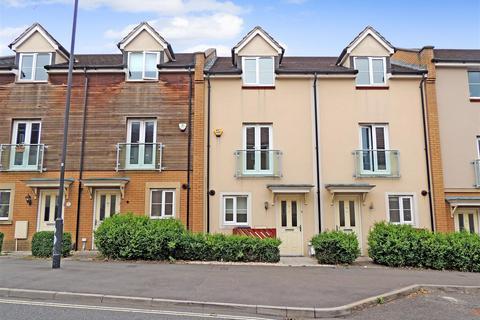 4 bedroom terraced house to rent - Dorian Road, Horfield, Bristol
