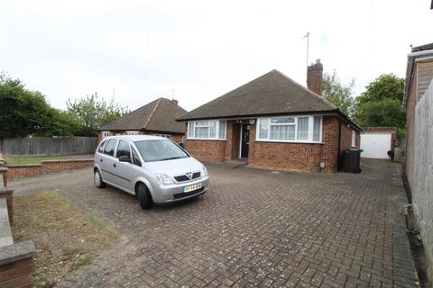 2 bedroom detached bungalow for sale - Hayhurst Road, Luton