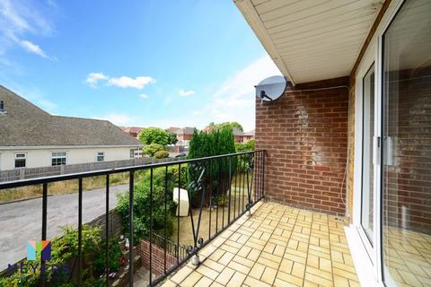 2 bedroom apartment for sale - Whitmoor House, 958 Castle Lane East, Bournemouth, BH7