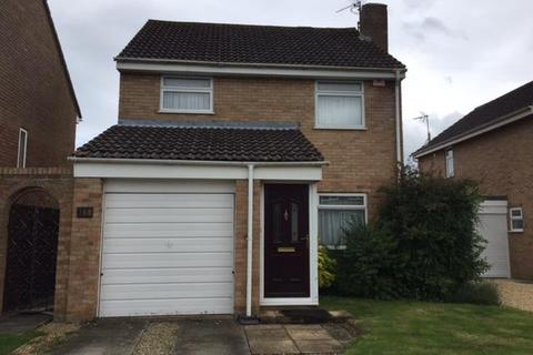 3 bedroom detached house to rent - White Edge Moor, Swindon