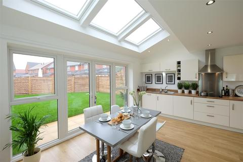 3 bedroom semi-detached house to rent - Sussex Street, Salford
