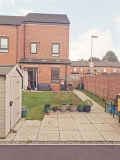 4 bedroom townhouse to rent - Ashton Old Road, Openshaw