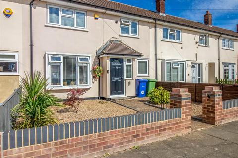 3 bedroom terraced house for sale - Goddard Road, Stifford Clays, Grays