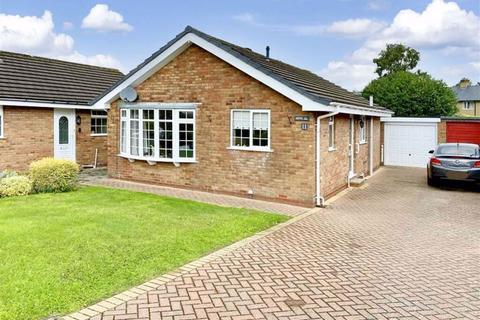 2 bedroom detached bungalow for sale - Maes Tawel, Llanrwst, Conwy