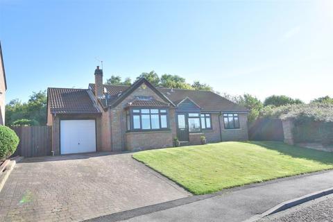 2 bedroom detached bungalow for sale - Seafields, Seaburn, Sunderland