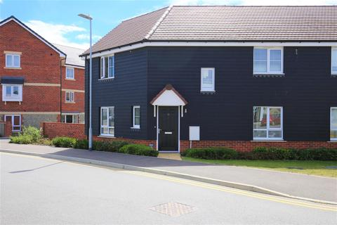 3 bedroom semi-detached house for sale - Laight Road, Maidstone