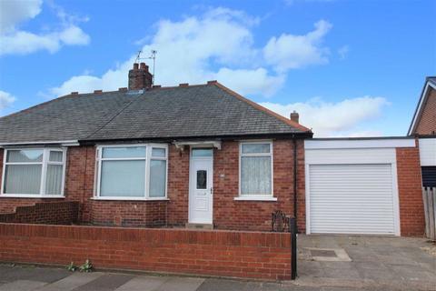 3 bedroom semi-detached bungalow for sale - Glendale Avenue, North Shields, Tyne And Wear, NE29