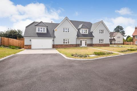 5 bedroom detached house for sale - Benham Close, Goldhanger