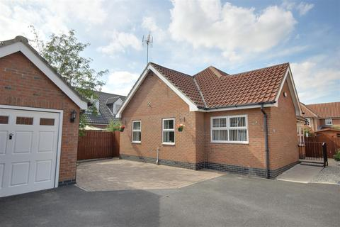 3 bedroom detached bungalow for sale - Fair View Close, Gilberdyke, Brough