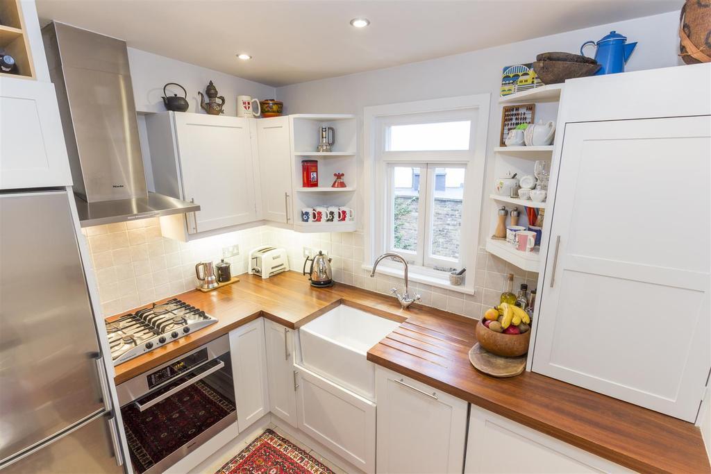 Bollingbroke Road    Kitchen Edit.jpg