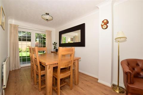 3 bedroom detached house for sale - Crownfields, Weavering, Maidstone, Kent
