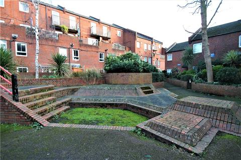 2 bedroom apartment for sale - Clement Close, London, W4