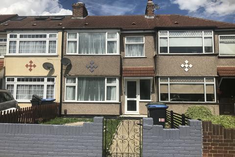3 bedroom terraced house to rent - The Loning, EN3