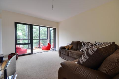 2 bedroom apartment to rent - Gloster House, Willoughby Avenue, Uxbridge, UB10 0FY