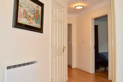 2 bedroom flat to rent - HADFEILD CLOSE