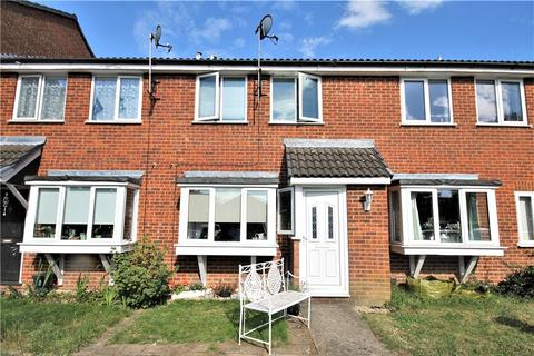 1 bedroom terraced house for sale - Bramley Close, Staines-upon-Thames, Surrey, TW18