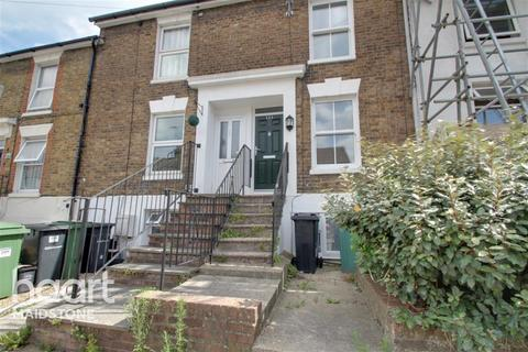 3 bedroom terraced house to rent - Melville Road, ME15