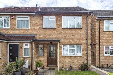 3 bedroom semi-detached house for sale - Colmer Place, Harrow, Middlesex, HA3