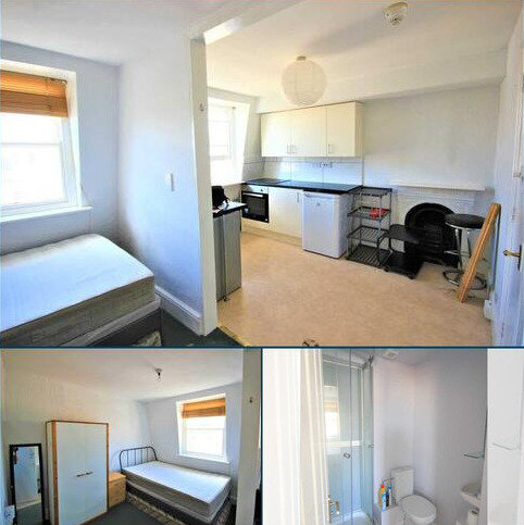 Studio to rent - Oriental Place, Brighton
