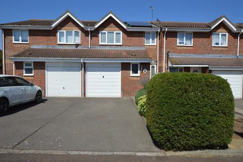 3 bedroom house to rent - Chestnut Road, Vange, Basildon, SS16