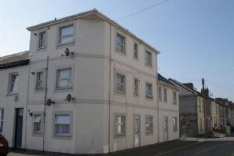 1 bedroom flat to rent - ADAMSDOWN - Self contained 1st floor flat close to City Centre, Newport Road and the Atrium Campus