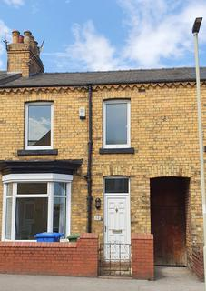 3 bedroom terraced house to rent - Wykeham Street, Scarborough YO12