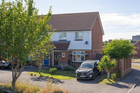 3 bedroom semi-detached house for sale - Gordon Close, Willesborough, Ashford, TN24