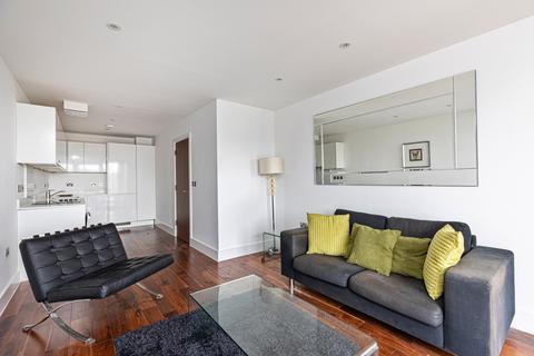 1 bedroom apartment to rent - Grand Canal Apartments, De Beauvoir Crescent, Islington N1
