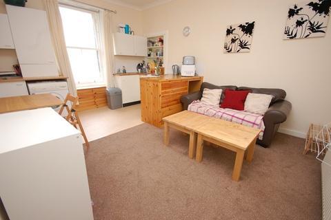 1 bedroom flat to rent -  Torphicen Place  Edinburgh EH3 8DU United Kingdom