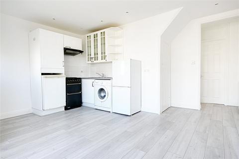 1 bedroom flat to rent - Freemantle Avenue, Enfield, London, EN3