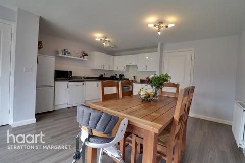 4 bedroom terraced house for sale - Ocotal Way, SWINDON