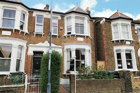 4 bedroom semi-detached house for sale - Banchory Road, London, SE3