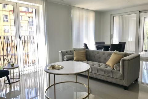 2 bedroom apartment to rent - 10 St. Georges Circus, London, SE1