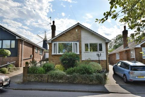 2 bedroom bungalow for sale - Mill Close, Waltham, Grimsby, Lincolnshire, DN37