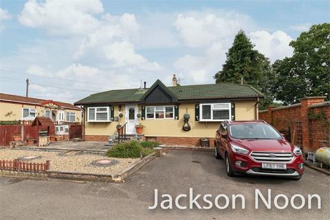 2 bedroom park home for sale - Riverhill, Worcester Park