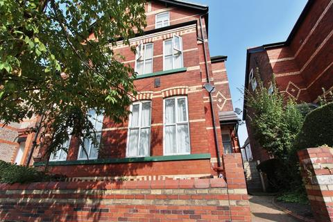 Studio to rent - Grosvenor Road, Whalley Range, Manchester, M16